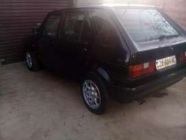 vw golf 1.4 fuelinjict engine very good with mags  r35.000