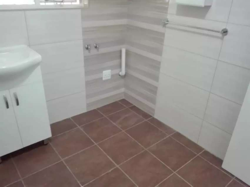 SINGLE ROOM FLAT AVAILABLE #(Price Drop)# 0