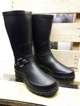 Size 4 brand new F&F waterproof rubber boots