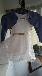 Платье на 1,5-2года.
