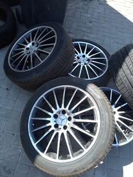 "19"" Mercedes Benz Rims with Tyres"