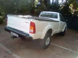 Toyota Hilux 3.0D4D 4x4 High raider Manual For Sale