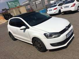 2013 VW POLO 6 WITH SUNROOF FOR SALE