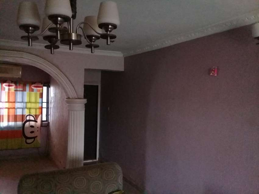 3 bedroom flat for sale at phase 4, Kubwa close to general hospital 0