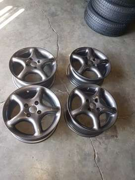14 inch mag wheels tsw pcd 4/100 still in very good condition for sale