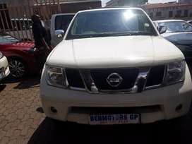 2011 Nissan Pathfinder Engine2.5, 7seaters Automatic