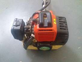 Hardly used Brushcutter for sale