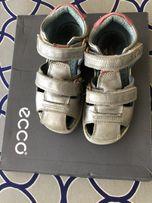 детские сандали на девочку екко 26 разм.