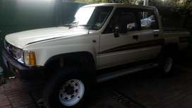 1988 Toyota hilux hips 2200 4x4 Double Cab