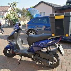 Delivery Scooter for sale/rent