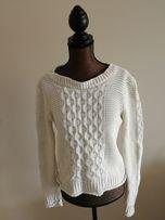 Sweter beżowy, ecru. New Look.