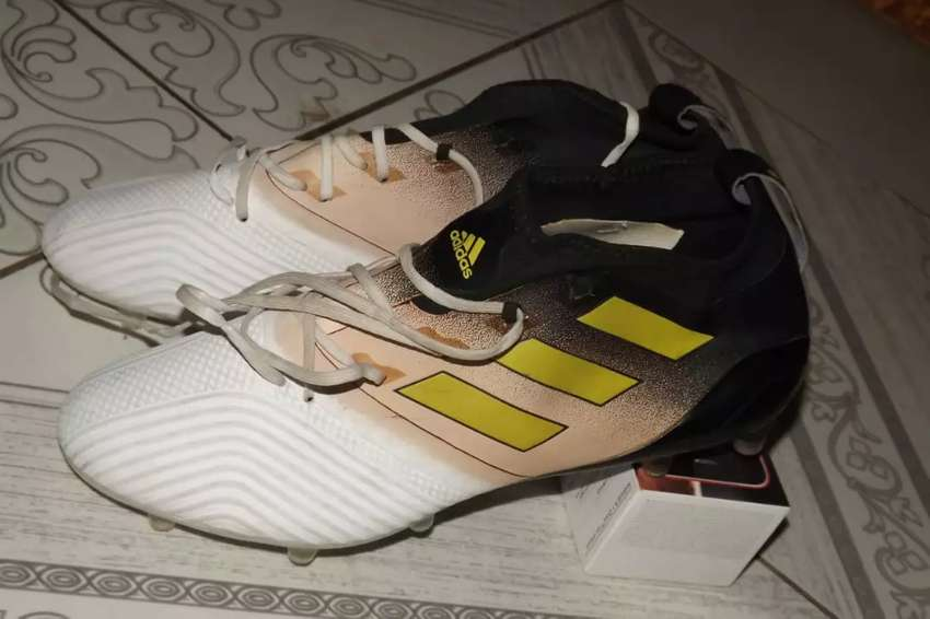 Lite Soccer Boots Available at affordable price 0
