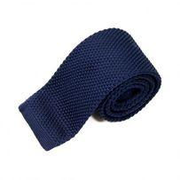Krawat knit