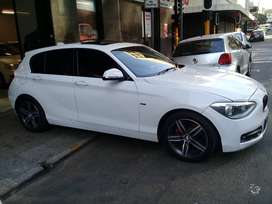 A 2013 BMW 118i 5-door Facelift Urban Line For Sale