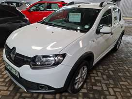 -2016 Renault Sandero 900t Stepway-Only 42500km-Reduced R154900