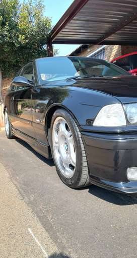 1994 E36 M3 COSMO BLACK full History. Collector car