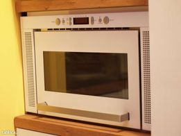 Kuchenka mikrofalowa Whirpool (IKEA)