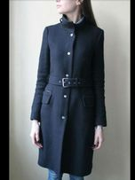 Пальто черное Zara