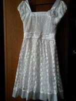 Продам женс вечерняя платья нарядная красиво.возможно торг.