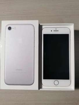 Iphone 7 32 gig  in great condition
