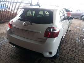 TOYOTA AURIS STRIPPING FOR SPARES