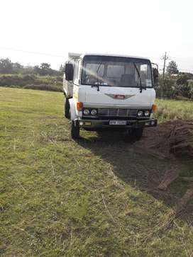 Im selling toyota hino its in good order