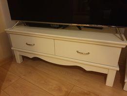 Biała szafka pod telewizor drewniana