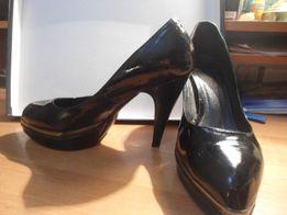 Продажа туфли лаковые р.38 черные
