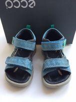 Продам детские босоножки (сандали) ECCO