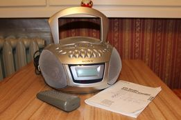 Radiomagnetofon SONY z nie działającym już odtwarzaczem CD