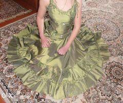 Нарядное платье + подарок выпускное на выпуск