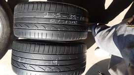 X2 continental and x2 bridgestone, 235/35/19 second hand tyres for sal