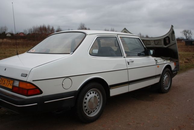 SAAB 900 Clasic 2.0i Sedan Coupe Dziwnów - image 1