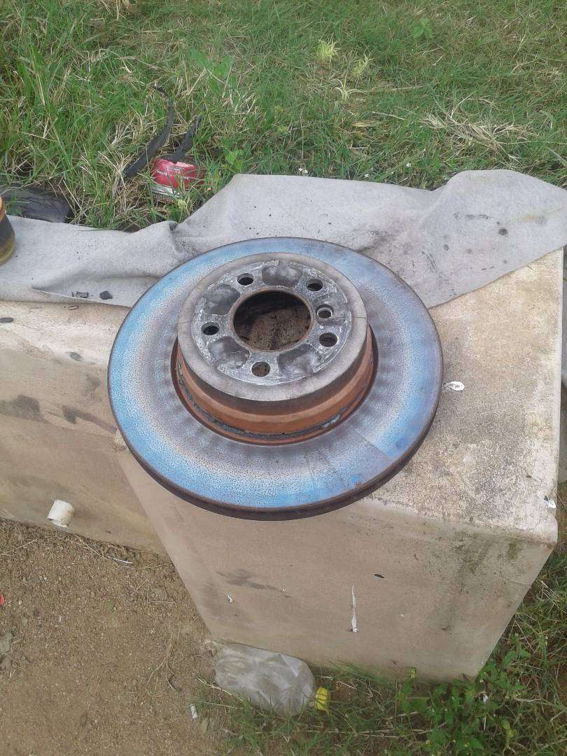 Looking for rear brake disc Bmw x6 0
