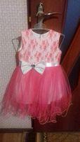 Продам нарядное платье для девочки 2-3 лет