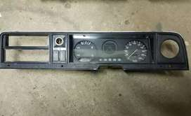 Ford Cortina cluster