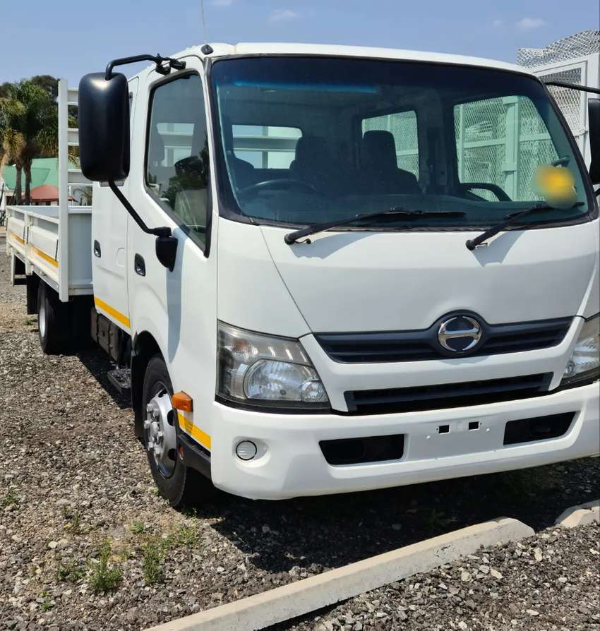 TOYOTA HINO 300 - 815 CREW CAB DROPSIDE TRUCK FOR SALE 0