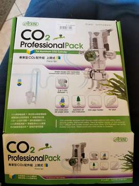 Insta C02 Professional Pack with 0.5l cylinder