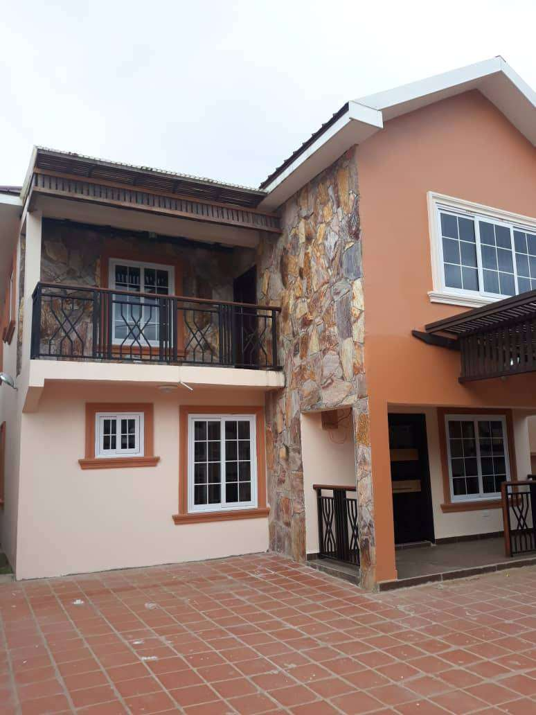 3 BEDROOM HOUSE AT ACHIMOTA FOR SALE 0