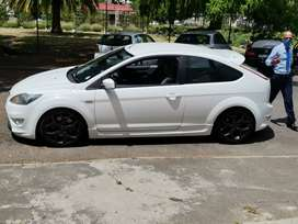 Hi im selling my Ford focus st car is in very very good condition