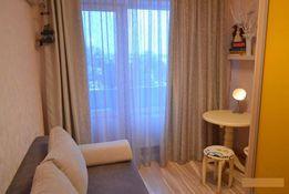 Продам уютную гостинку в Новострое рядом с метро.