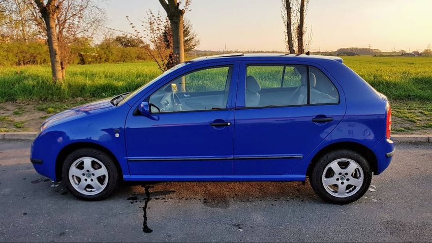 REZERVACE do 13. 5. Škoda Fabia 1.4, r. 2000 0
