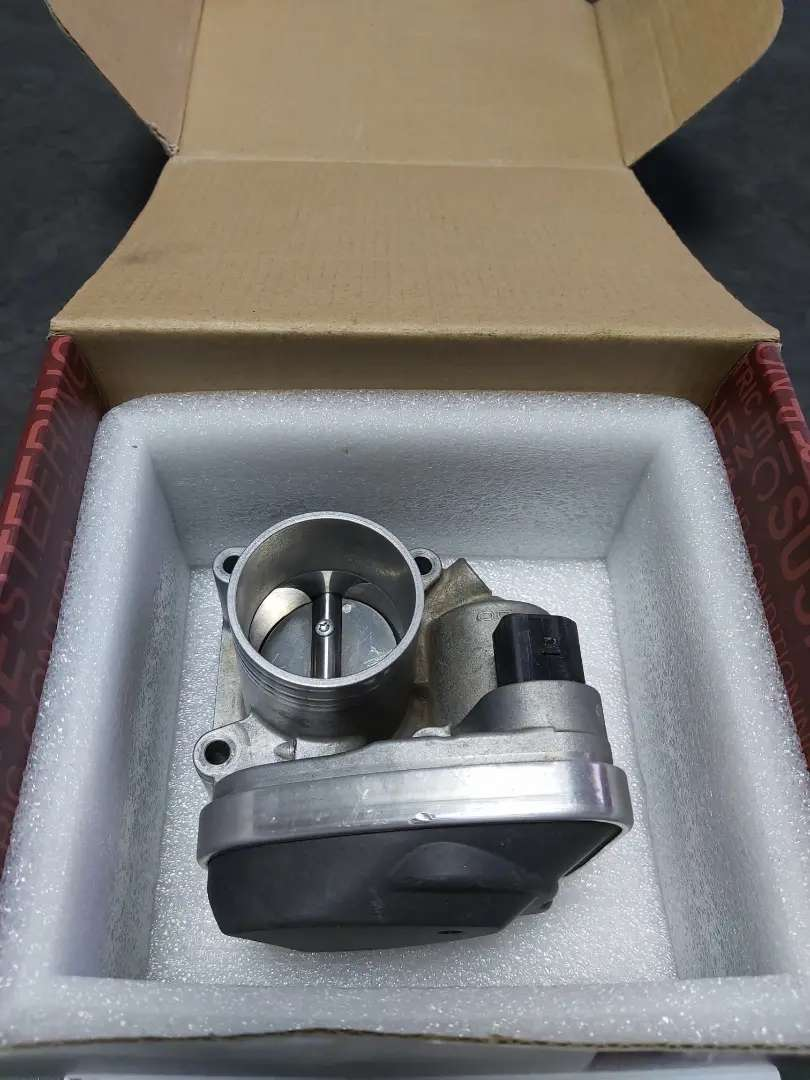 Polo 2004  9n 1.4 Classic throttle body for sale.