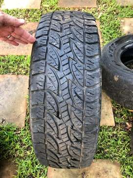 26S/6S/17 All terrain Bridgestone Dueler A/T 694 for sale. R400 each