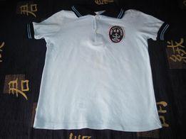 Продается футболка голубого цвета с короткими рукавами