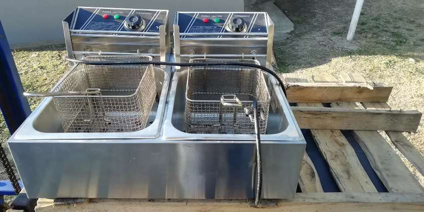 Double bowl chip fryer for sale 0