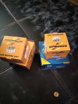Toyota tazz front wheel bearings and hubs