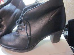 Продам женские кожаные ботильоны