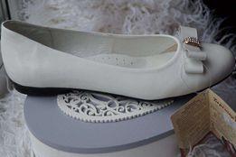 Туфли нарядные ортопедические кожаные для девочки новые белые, 38,39 р