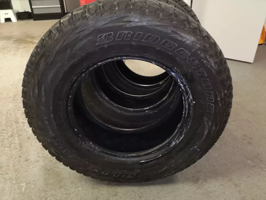 Prodam offroad pneu 0